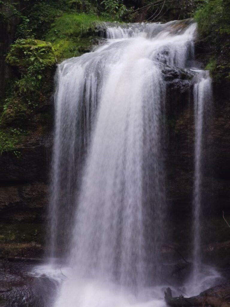 Wasserfälle Scheidegg kostenlos? Ja, diesen meterhohen Wasserfall kannst du kostenlos besuchen
